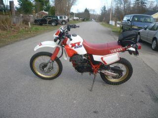 1989 Yamaha Xt 600 Red And White photo