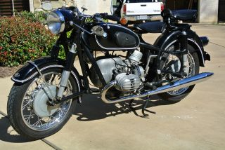 Bmw R50 / 2 1967 Vintage Motorcycle Http: / / Www.  Youtube.  Com / Watch?v=rzmuoi2m5hi photo