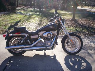 2010 Harley Davidson Dyna photo