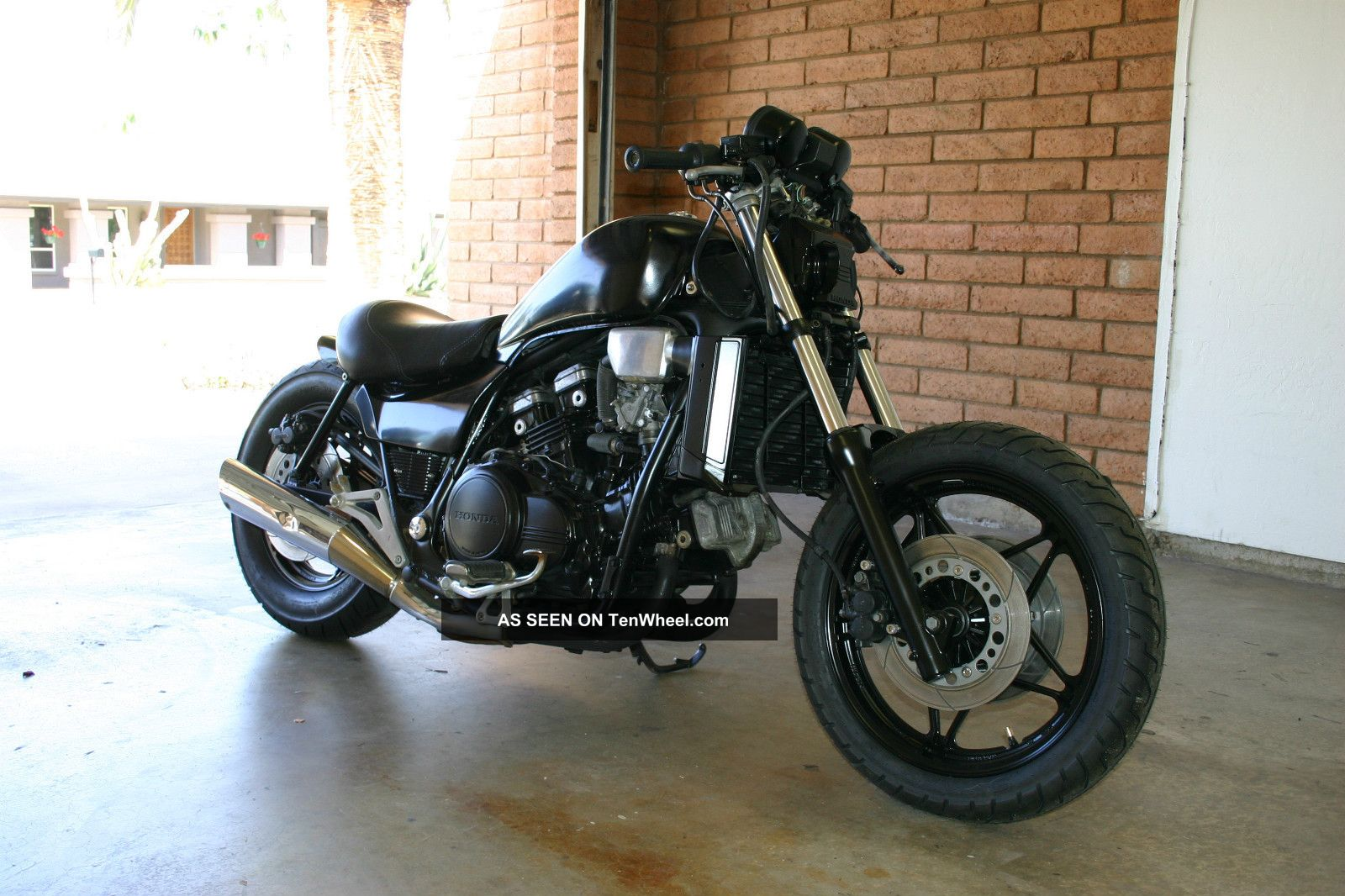 Honda Shadow Vlx Engine Diagram further Diagrams furthermore 1983 Honda Shadow Vt750 Wiring Diagram besides 1986 Honda Goldwing 1200 Wiring Diagram likewise Honda Shadow 1986 Vt700c Fuse Box. on 1985 honda vt700 wiring diagram