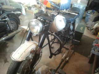 1972 Moto Guzzi Ambassador Basket Case photo