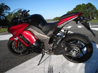 2011 Kawasaki Ninja 1000 Sport Touring Motorcycle photo