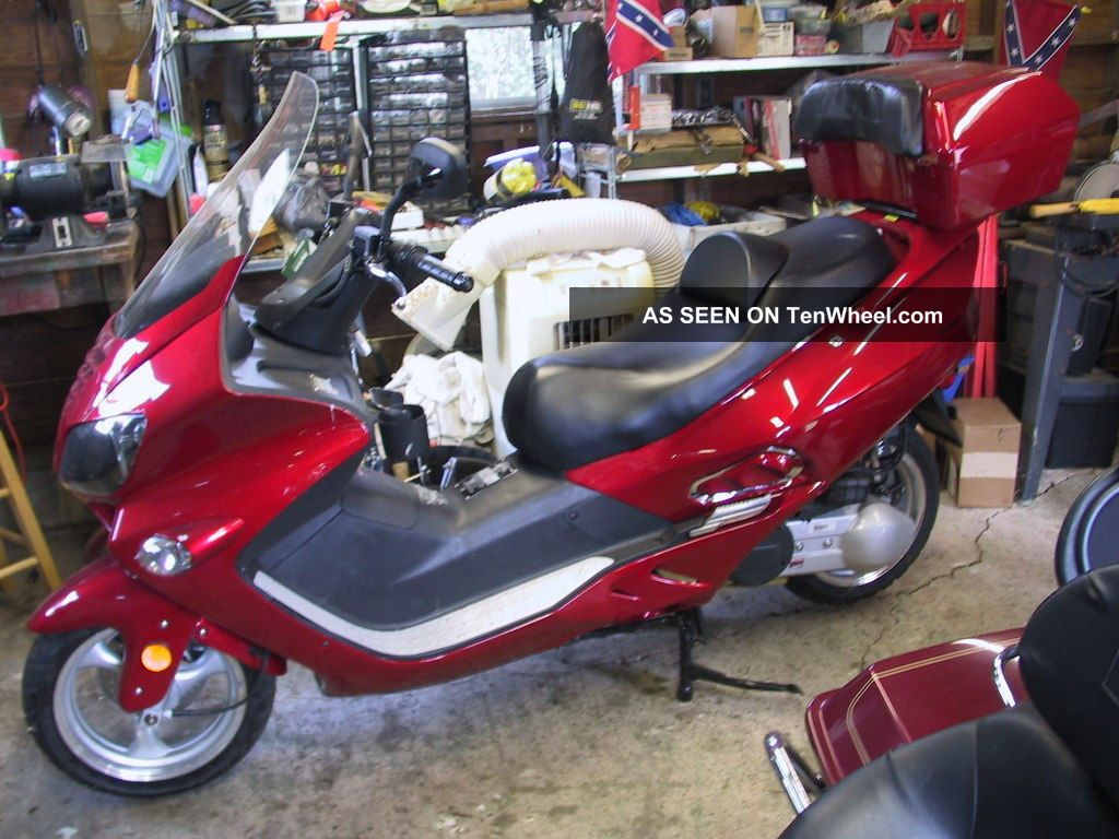 2011 jonway 250cc motorscooter. Black Bedroom Furniture Sets. Home Design Ideas