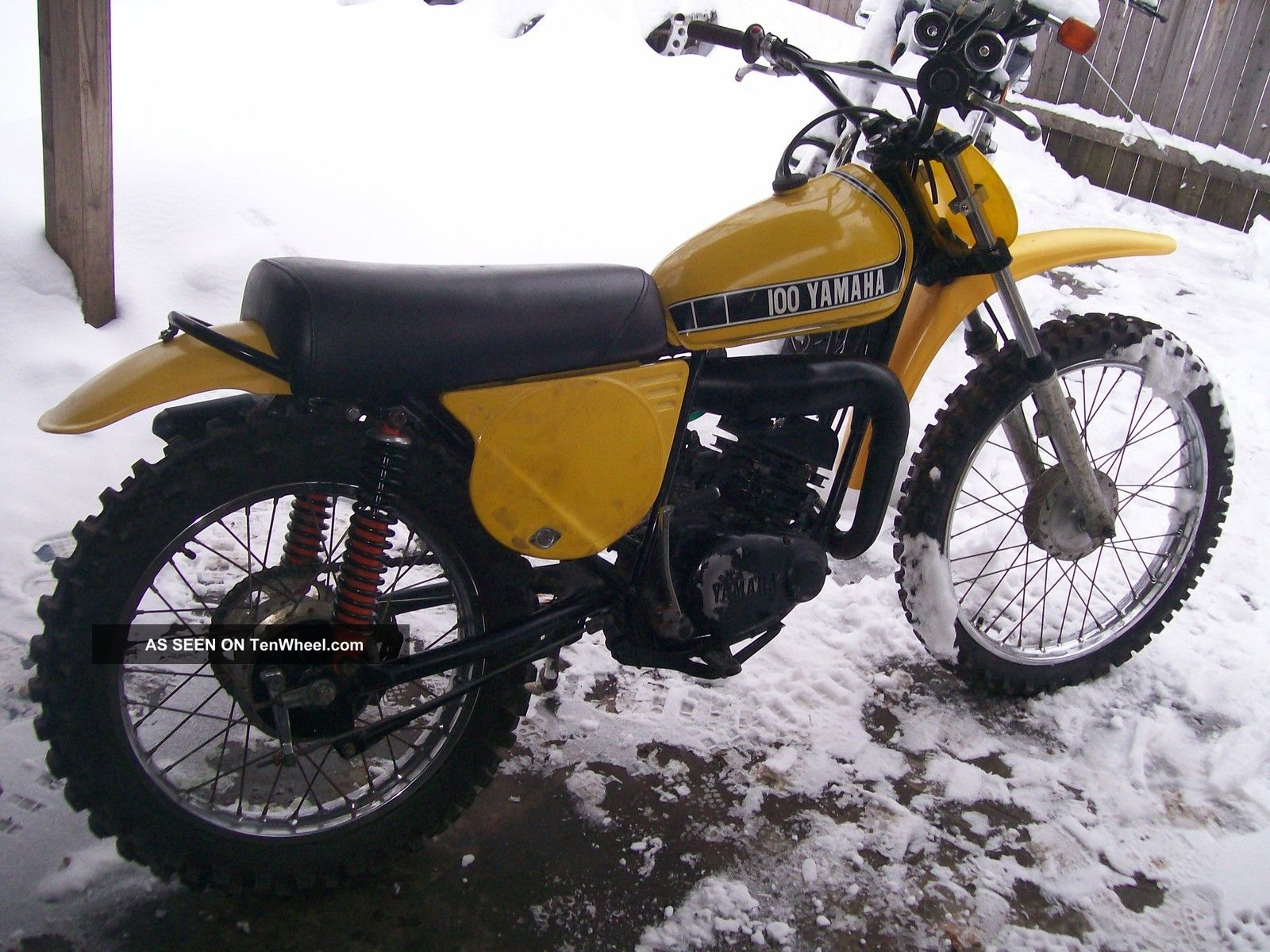 Motocross vintage yamaha exclusively