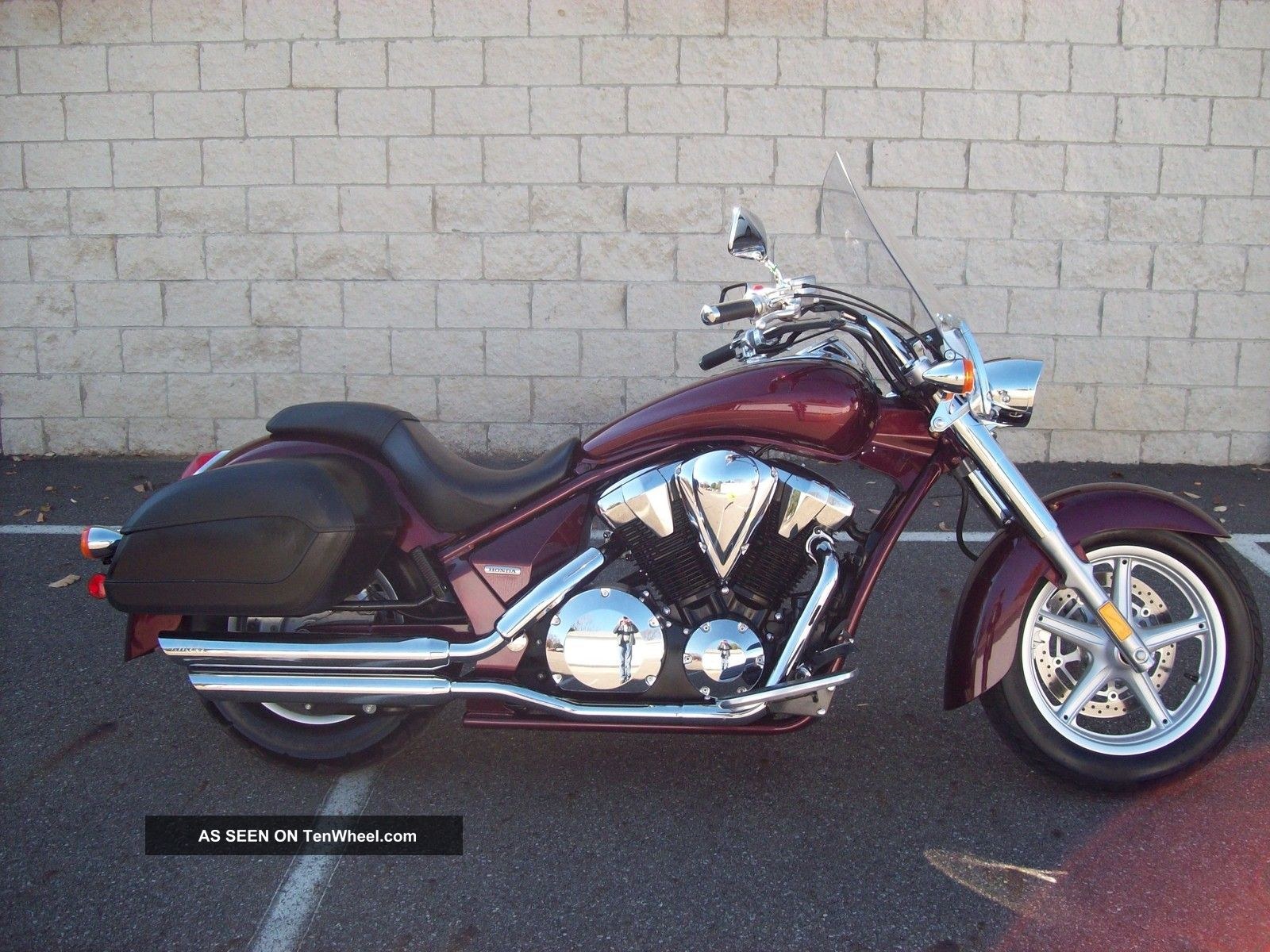 2011 Honda Vt1300ct Shadow Sabre Interstate Um90615 D
