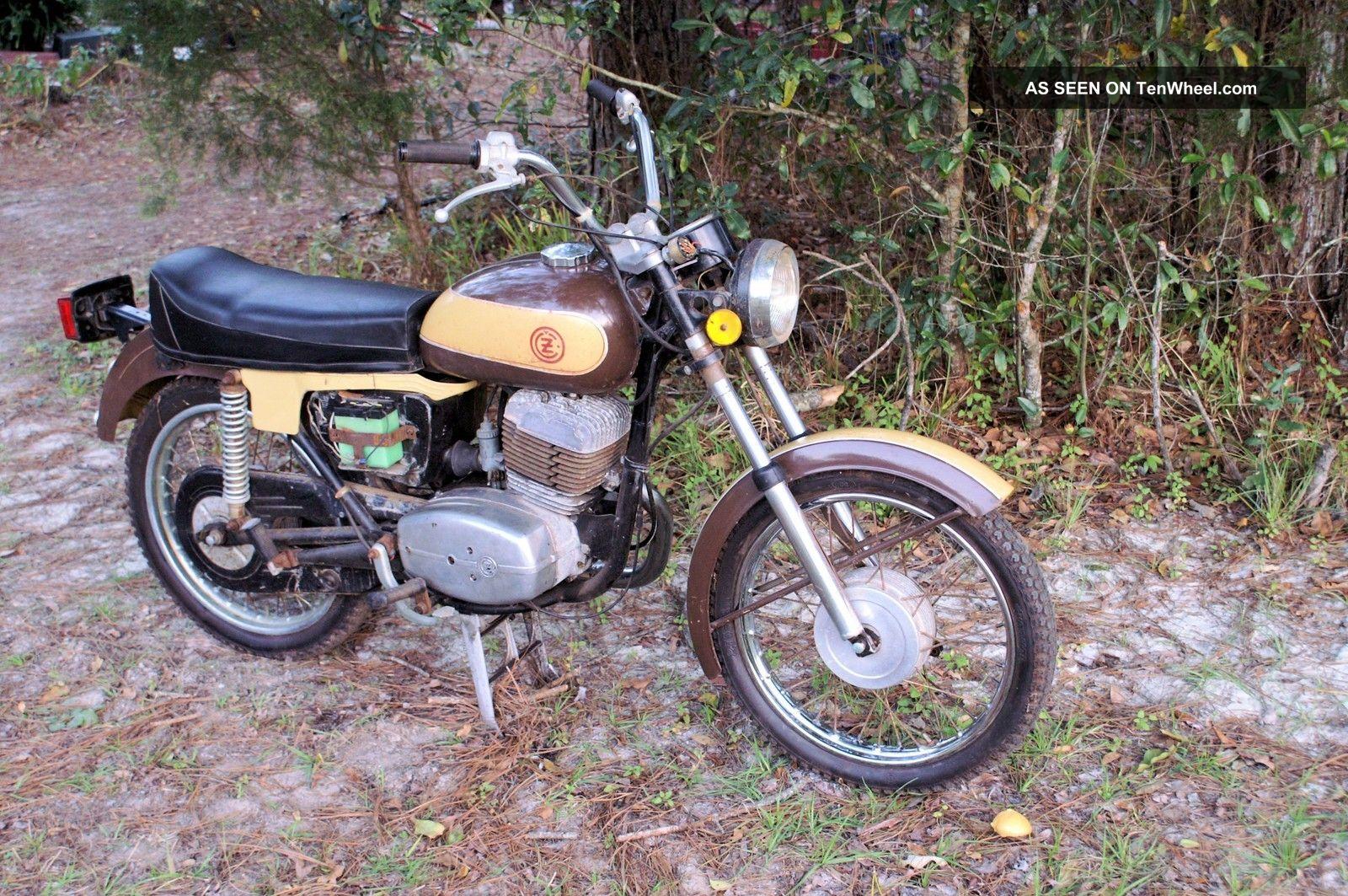 1974 Cz 175 Street Bike Other Makes photo