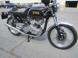 1962 Norton Custom Isolastic Featherbed photo
