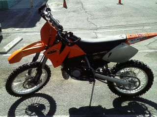 2000 Ktm Exc Tires In Good Shape 6 Speed Transmission Chain Drive 2 Stroke photo