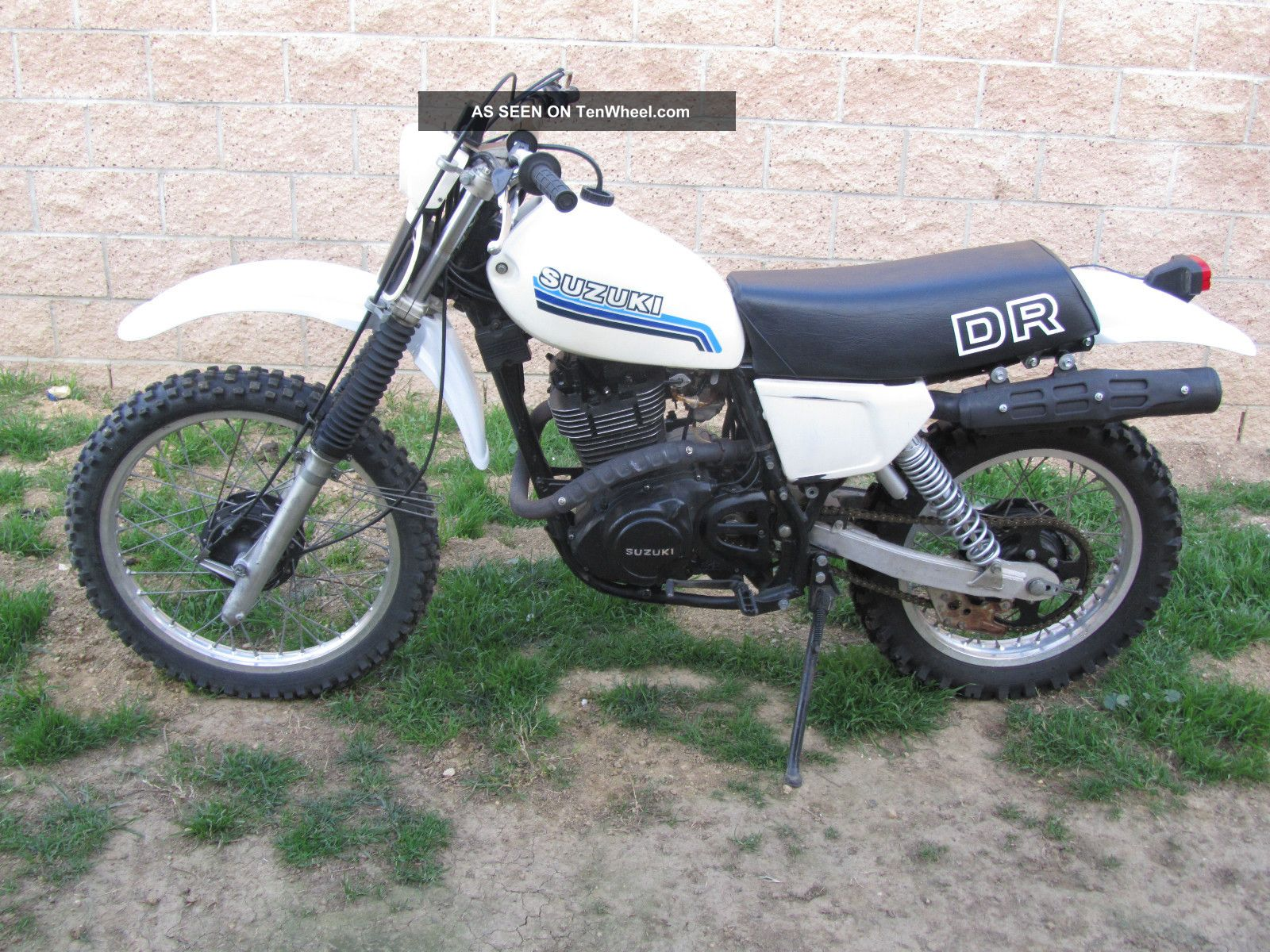 Watch additionally 1981 Yamaha Xj 400 Seca furthermore Reader Rides Daves 1981 Honda Cb750 Bobber as well Honda Cx 500 Cafe Racer 2 also Yamaha Custom Motorcycles. on 1981 yamaha 750 special