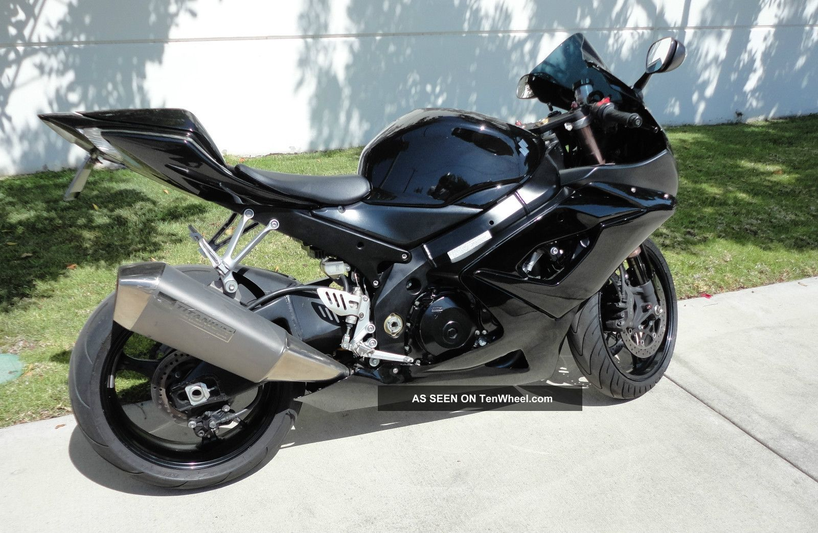 suzuki gsxr 1000 2006. Black Bedroom Furniture Sets. Home Design Ideas
