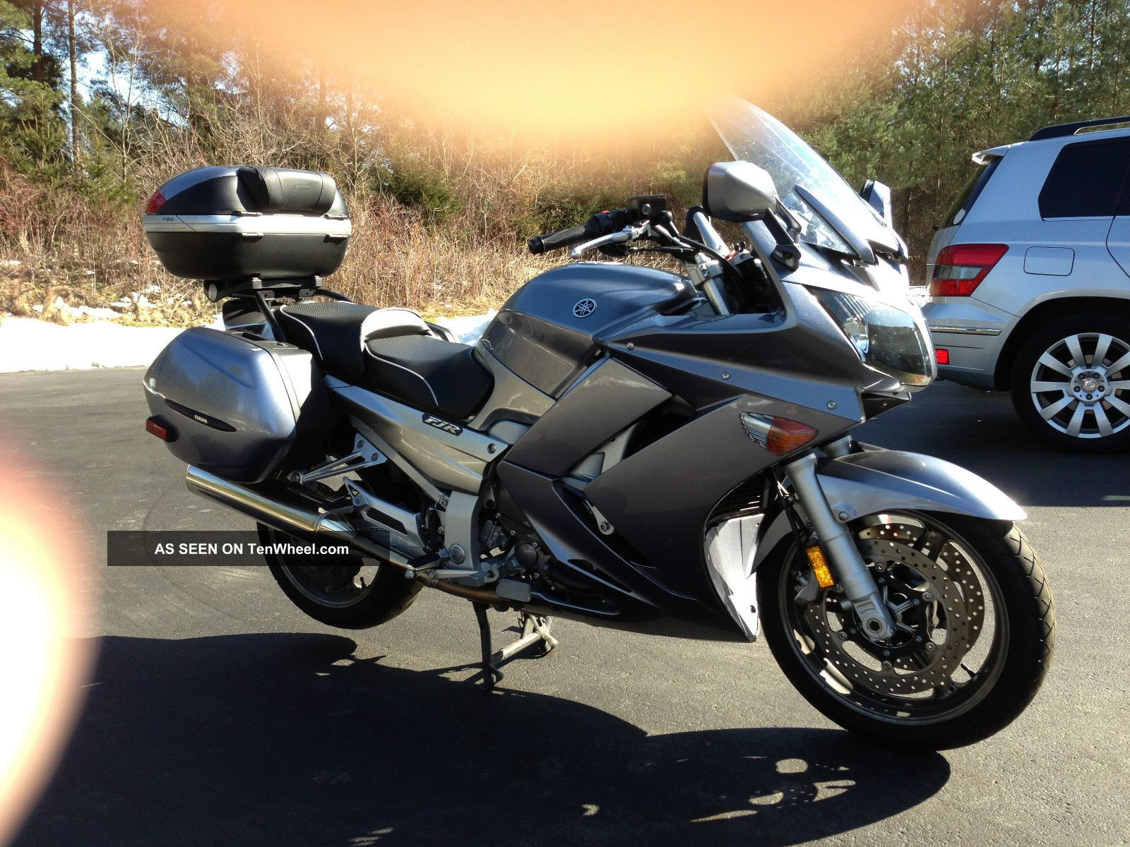 silver 2006 yamaha fjr 1300 ae with and in. Black Bedroom Furniture Sets. Home Design Ideas