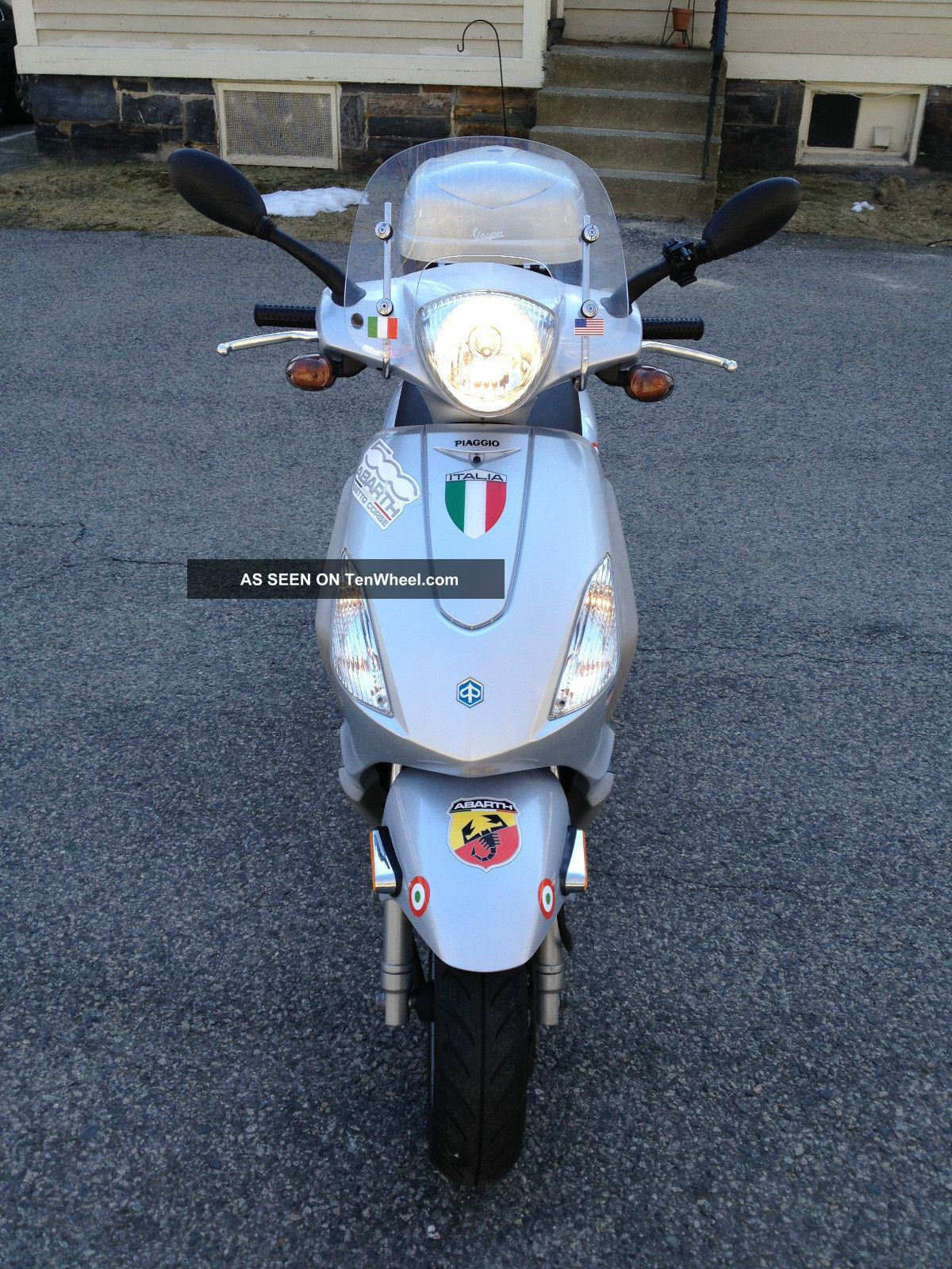 2008 Piaggio Fly 150cc In And With Lots Of Add - Ons - Other Makes photo