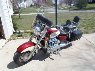 1998 Honda Valkyrie photo
