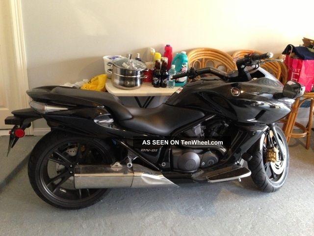 2009 Honda Dn01 Ltd. Edition Motorcycle Includes