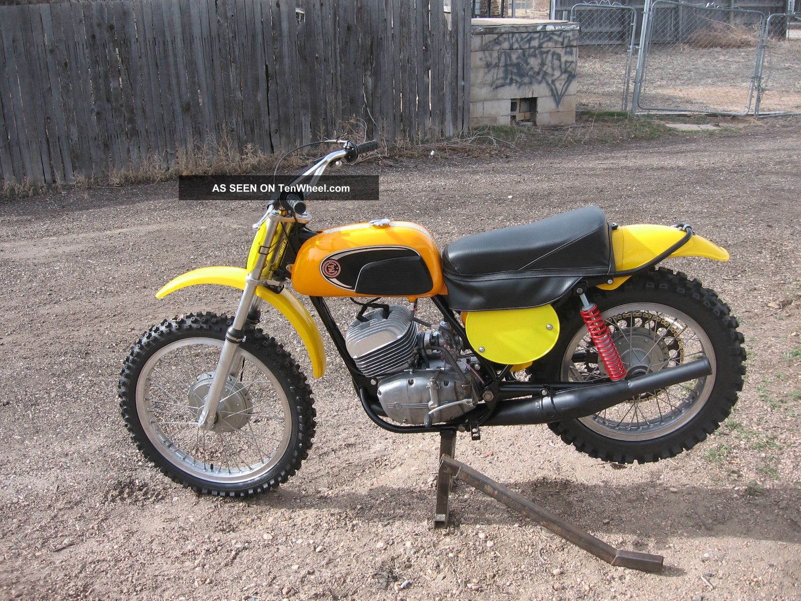 1971 Cz 250 Yellow Tank Mx Dirt Bike Other Makes photo