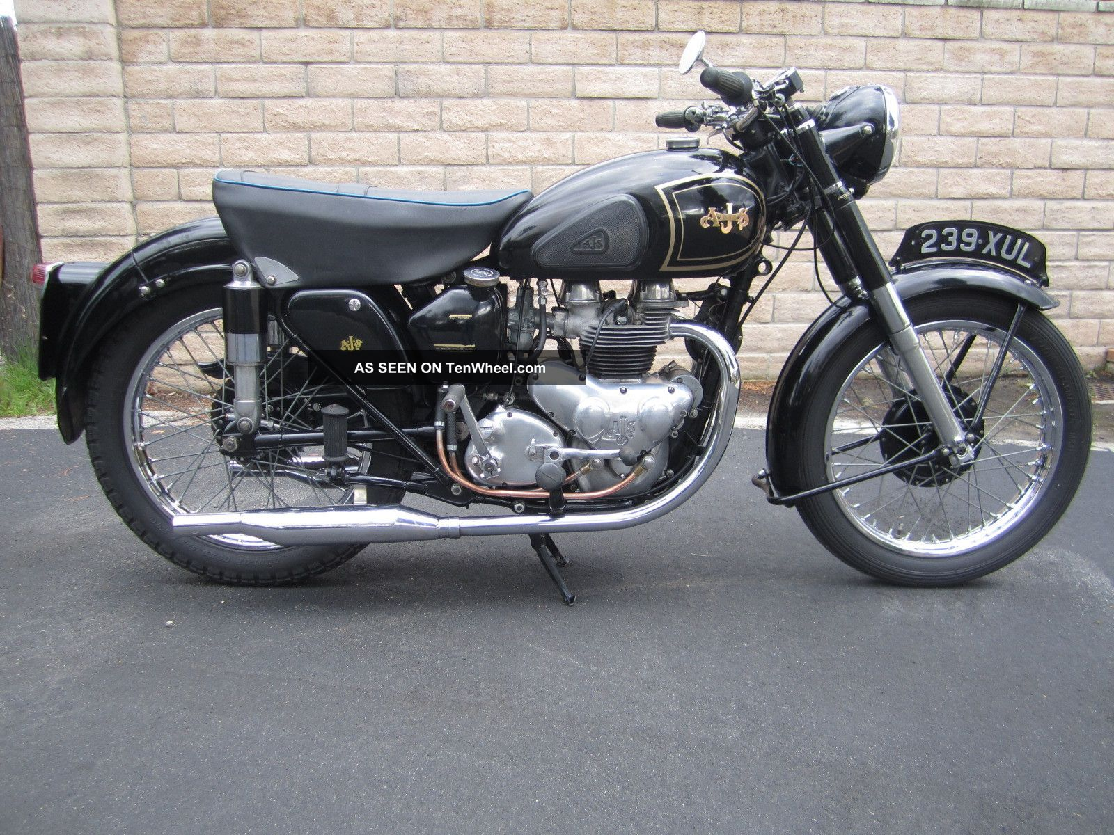 1952 Ajs Model 20. .  Same As Matchless G9. Other Makes photo