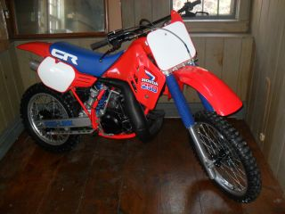 1985 Honda Cr 250 Cr250 Vintage Dirt Bike All 85 Cr 250 photo