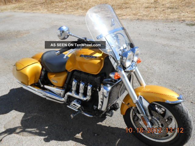 2006 triumph rocket iii scorched yellow. Black Bedroom Furniture Sets. Home Design Ideas