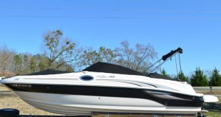 2004 Sea Ray 240 Sundeck photo