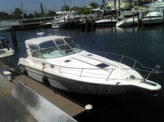 1995 Sea Ray 330 Ec Express photo