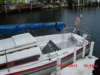 1977 Lugar Sail Boat 26 ' 9.  9 Yammaha Long Shaft photo