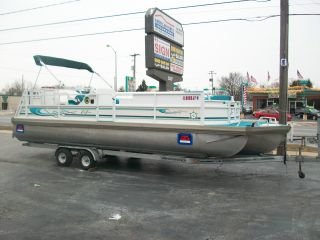 1998 Jc Manufacturing Tritoon Pontoon Boat photo