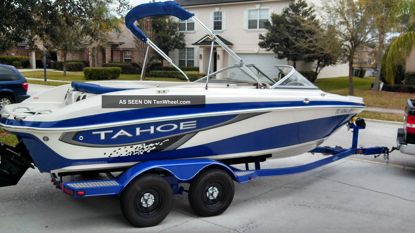 2010 tahoe q7i ski and fish for Fish and ski boat