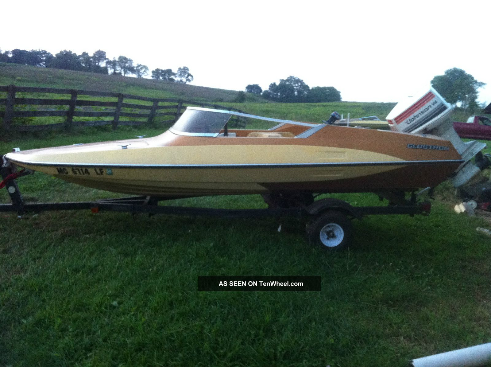 1980 Glastron Gt - 150 Ski / Wakeboarding Boats photo