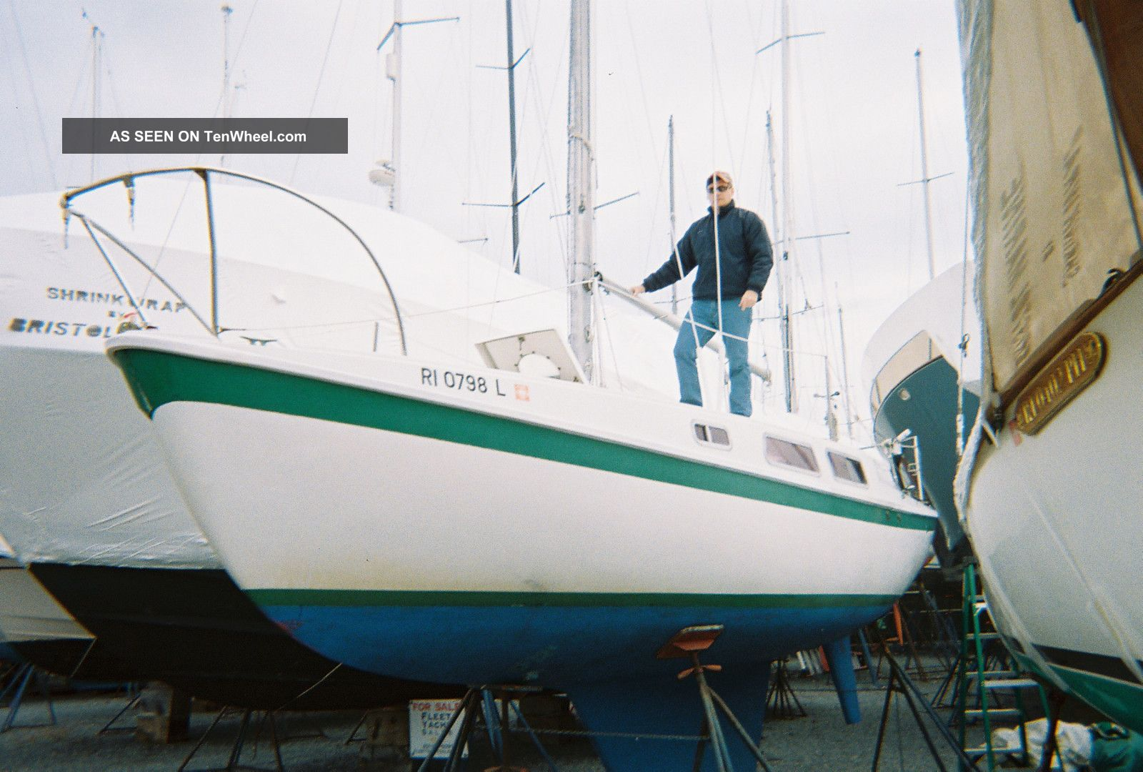 1970 Cal 25 Sailboats 20-27 feet photo