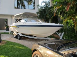 2004 Bayliner 219 Sd photo