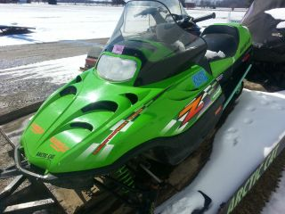 2001 Arctic Cat Z 440 photo