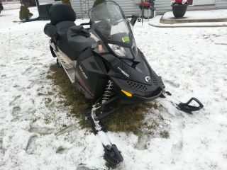 2010 Ski - Doo Grand Touring Sport photo
