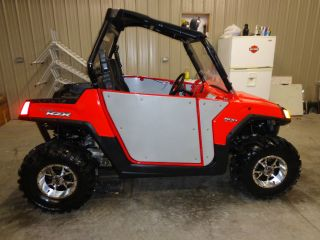 2010 Polaris Rzr 800 photo