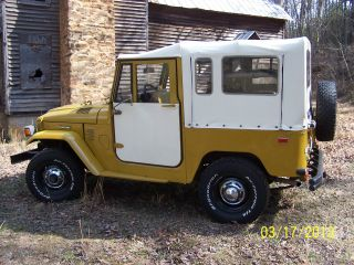 Toyota : Land Cruiser 1975 Toyota Land Cruiser Fj - 40 Factory Soft Top photo