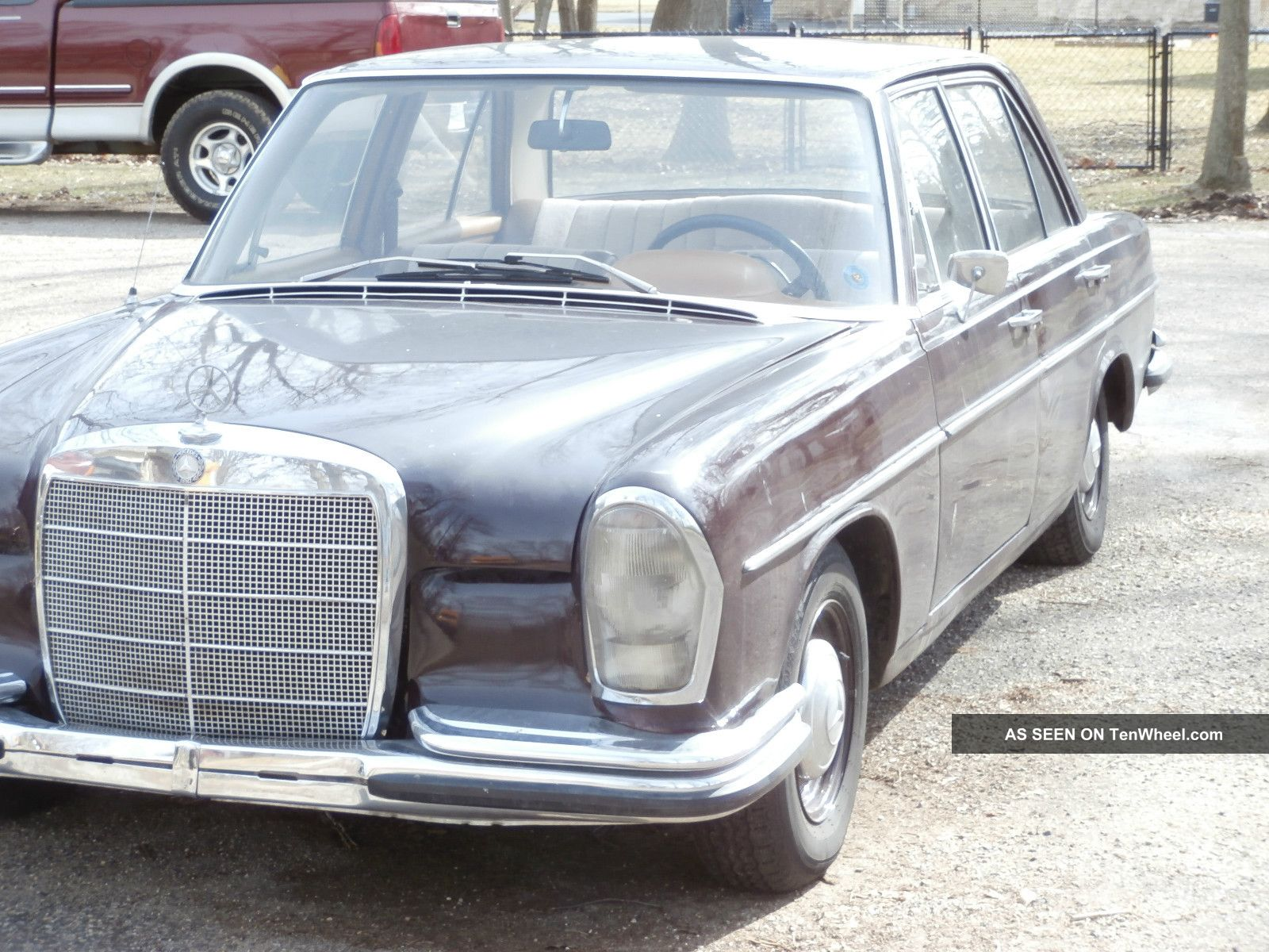 1967 Mercedes - Benz 250 S,  Euro Model / Rare Import,  35 Years In Garage, 200-Series photo