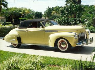 1941 Buick Roadmaster Conv photo