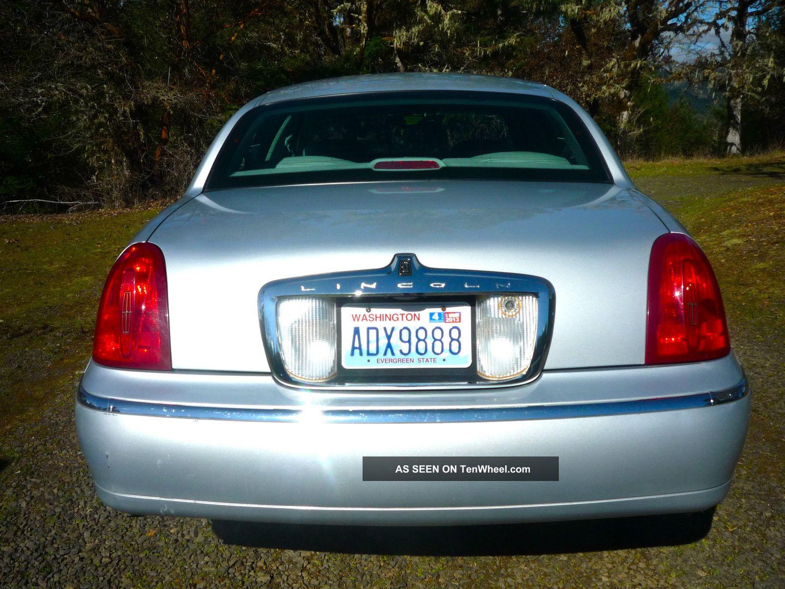 2000 Lincoln Town Car Cartier Sedan 4 Door 4 6l In