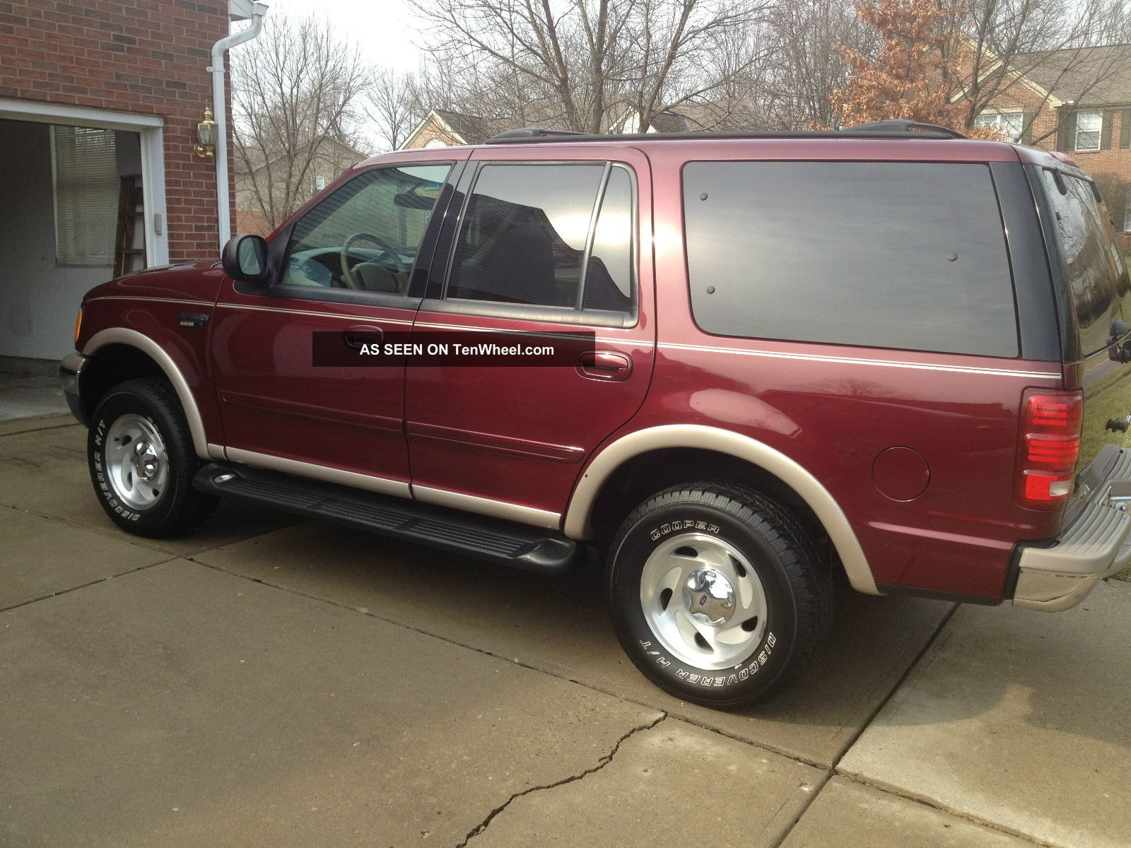 1999 ford expedition eddie bauer 5 4l v8 4wd drives great looks great. Black Bedroom Furniture Sets. Home Design Ideas