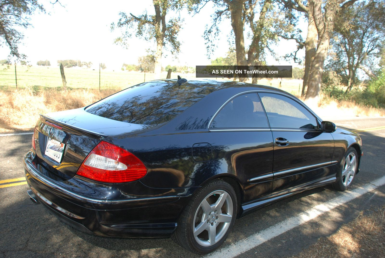 2009 mercedes benz clk350 amg package 2 door 3 5l for Mercedes benz clk 2009