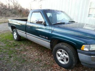 1996 Dodge Ram 1500 photo