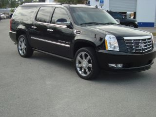 2007 Cadillac Escalade Esv Sport Utility 4 - Door 6.  2l photo