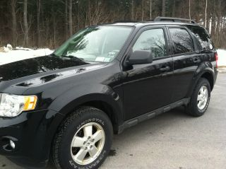 2010 Ford Escape Xlt Sport Utility 4 - Door 3.  0l photo