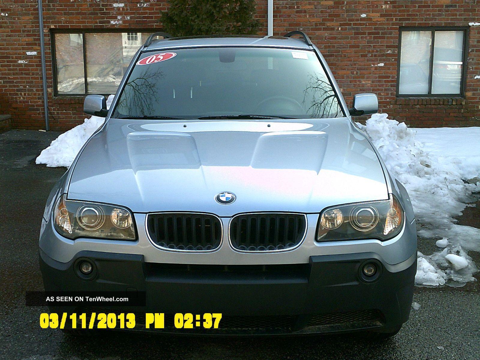 2005 Bmw X3 3.  0i Sport Utility 4 - Door 3.  0l X3 photo