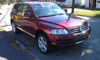 2005 Volkswagen Touareg Sport Utility 4.  2l V8,  All Wheel Drive, ,  Loaded photo