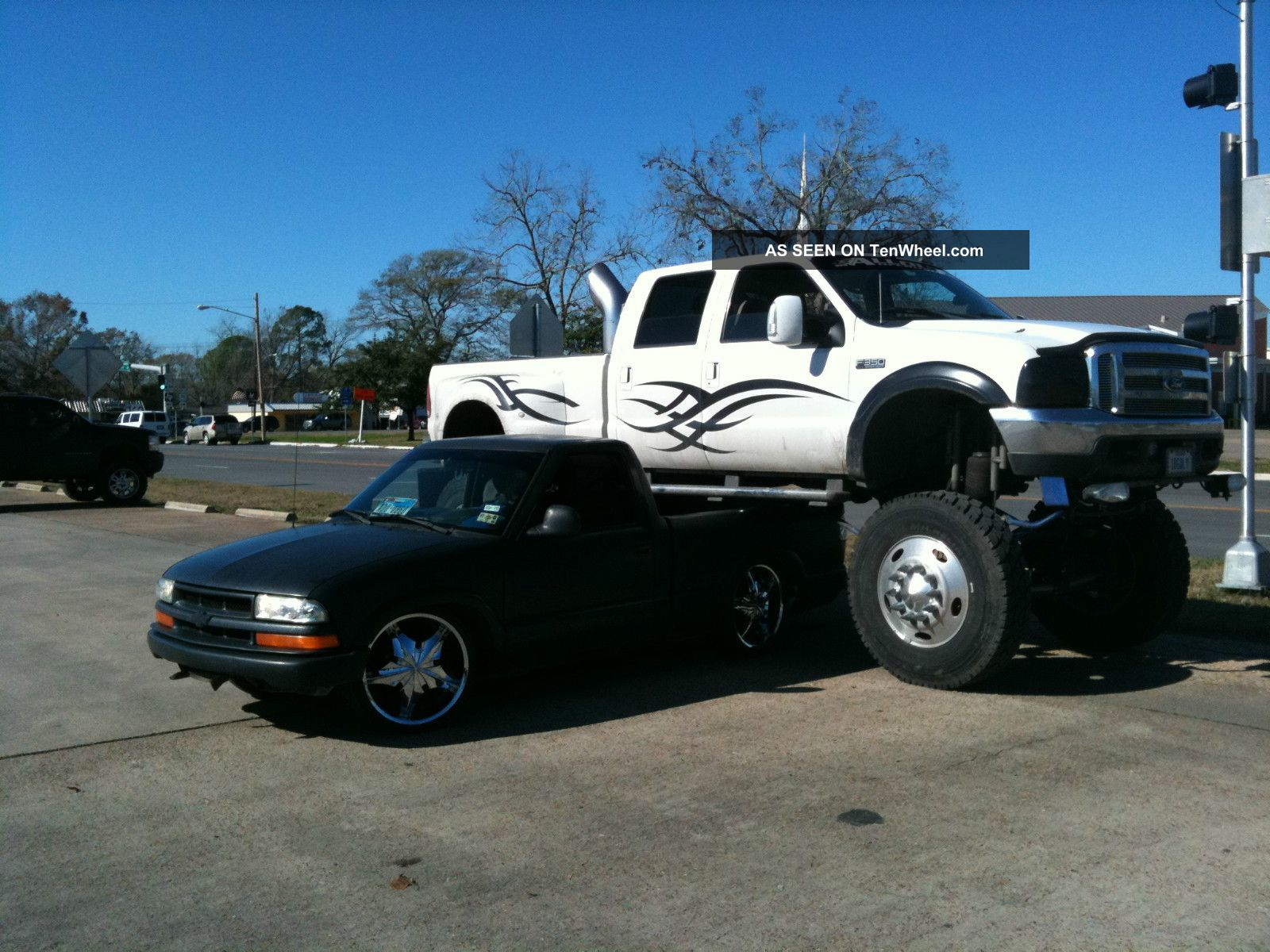 Ford F Cc Lb Monster Dually Lgw
