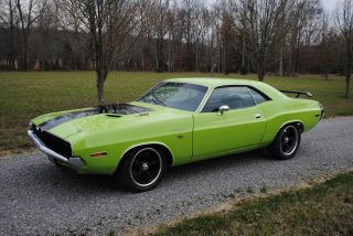 1970 Dodge Challenger R / T 440 Six Pack 4 Speed Recreation photo
