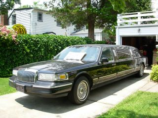 1997 Lincoln Town Car 60 Inch Stretch Limousine 4 - Door Triple Black & photo