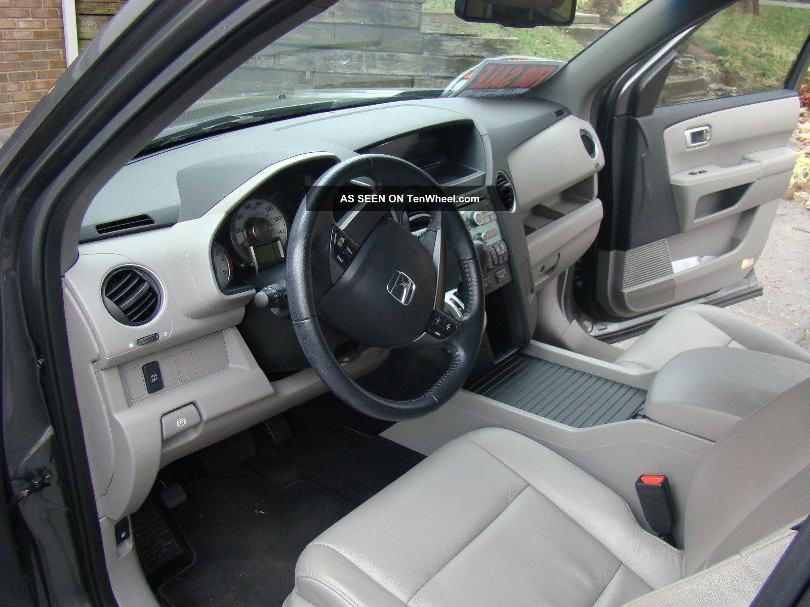 2011 Honda Pilot Ex - L Sport Utility 4 - Door 3.  5l Pilot photo
