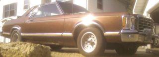 1976 Ford Granada Ghia Sedan 2 - Door 4.  1l photo