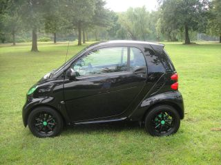 2009 Smart Fortwo Passion Fully Loaded Very Unique 41 Mpg photo